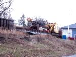 BN 975424 crane and flat at Pepin Marina siding